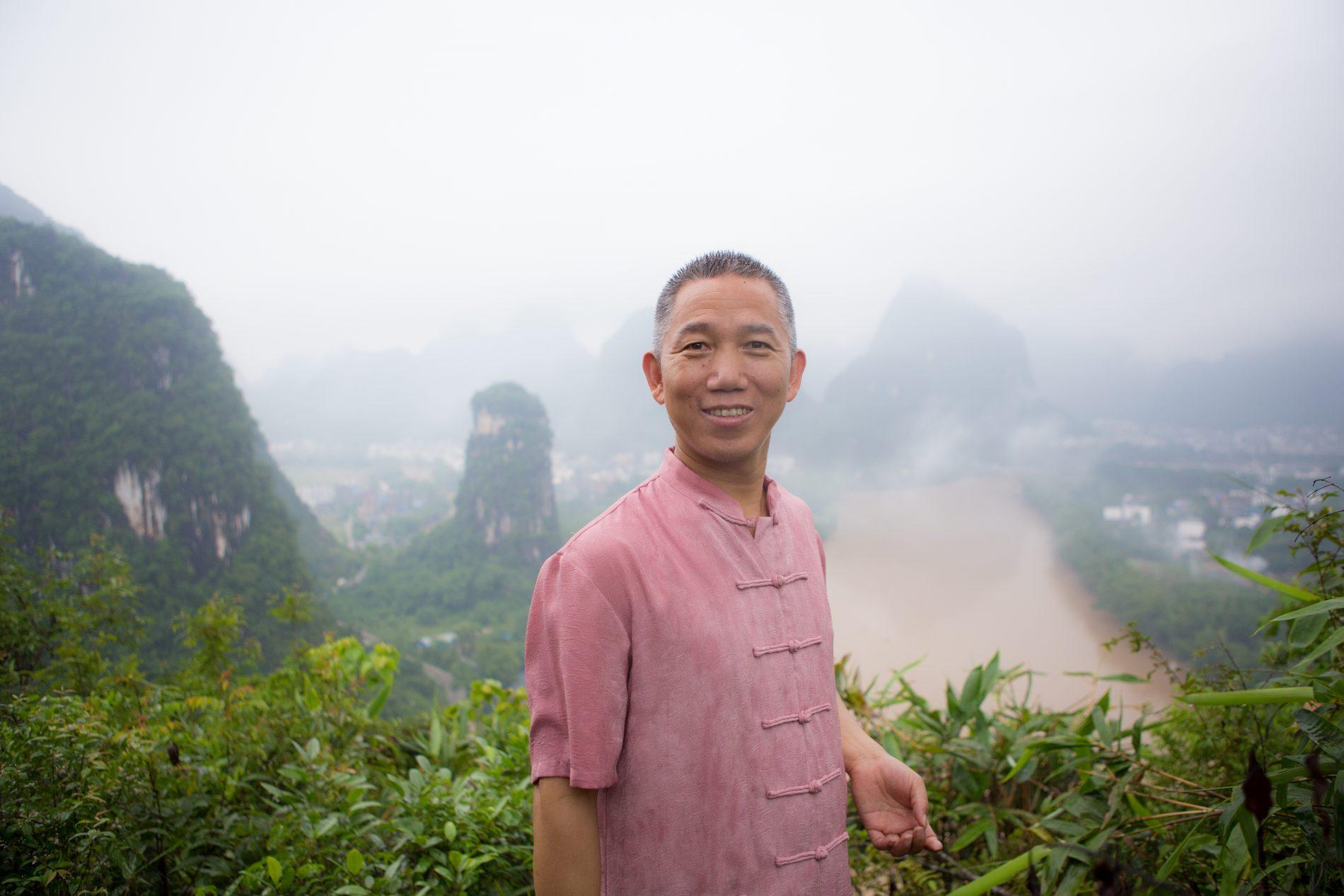 About Master Yuantong Liu